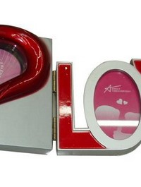 CL-15 yiwu fashion LOVE design clock
